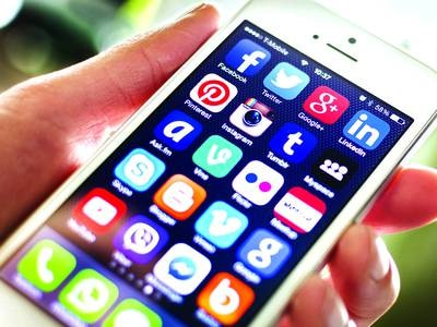 Apps get customers' attention in a snap