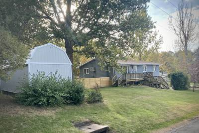 Homeowners face zoning setback, council approves reconsideration request