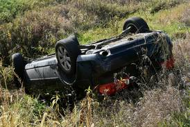 Abandoned vehicle leads to Des Moines woman's arrest